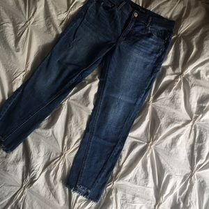 Express Cropped 6S Chewed Hem Jeans